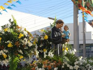 Barbalha é ponto de encontro dos devotos de Santo Antônio (Foto: Agência Diário / Antônio Vicelmo)
