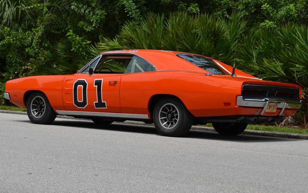 Carro foi restaurado após ficar 23 anos em um ferro-velho (Foto: Divulgação/Barrett-Jackson)