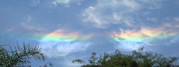Fenômeno em Ibirapuitã é chamado pelos meteorologistas de nuvens iridescentes 620x235 (Foto: Eduardo Bianchini)