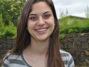 Ana Luiza Ferron Zanella ficou sem TV e internet para se focar nos estudos (Foto: Arquivo pessoal)