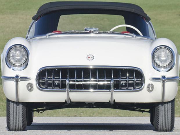 Modelo é o quinto Corvette a ser fabricado, em 1953 (Foto: Divulgação)