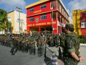 813 homens do Exército Brasileiro e 204 da Força Nacional de Segurança estão de prontidão para reforçar a segurança no Estado (Foto: Rodrigo Carvalho/Agência Diário)