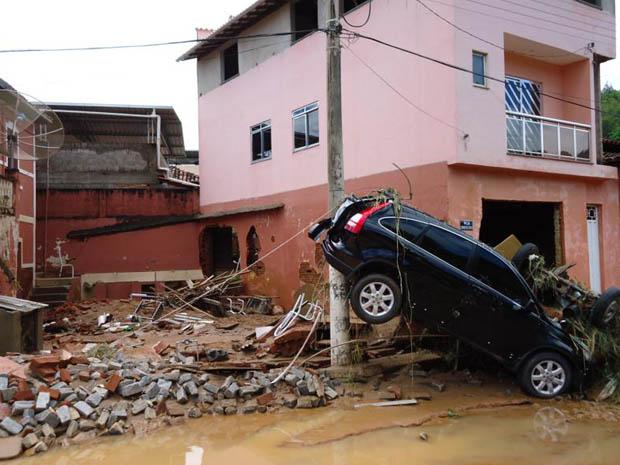 Guidoval está em situação de emergência após chuva (Foto: Johnny de Castro e Silva/VC no G1)