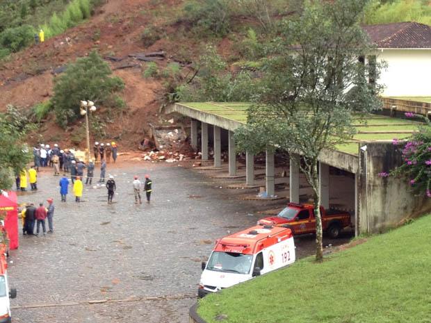 Vista da rodoviária de Ouro Preto, onde a laje caiu (Foto: Luísa Torres/TV Globo Minas)