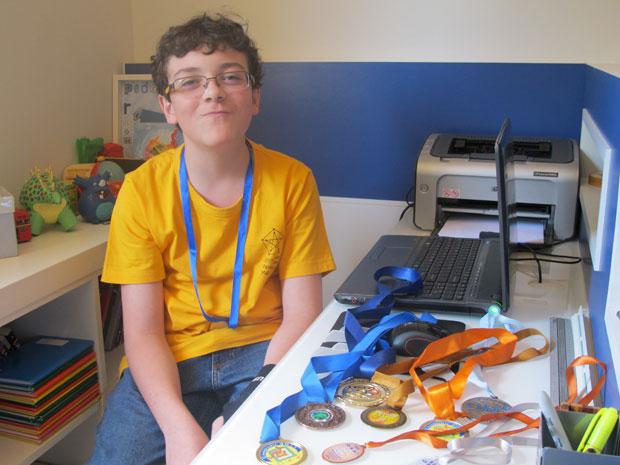 Pedro Henrique participa de olimpíadas desde 2010, quando passou a estudar no Etapa (Foto: Vanessa Fajardo/ G1)