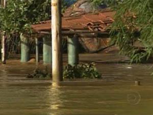Inundação faz Mário Campos entrar em situação de emergência (Foto: Reprodução/TV Globo)