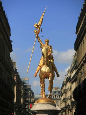 Estátua de Joana D'arc em Paris, na França (Foto: Only France/AFP)
