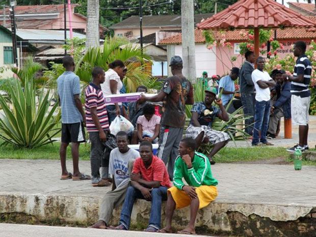 Segundo Ministério da Justiça, 1,2 mil haitianos receberam vistos humanitários em 2011 (Foto: Divulgação/Gleisson Miranda/Secom-Acre)