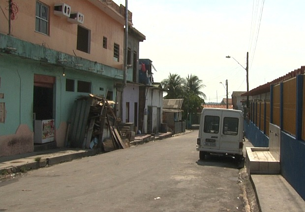 Moradores temem saída do local (Foto: Reprodução TV Amazonas)