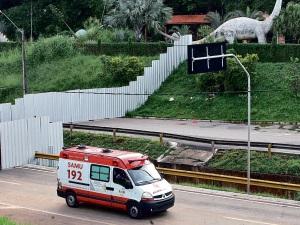 Operário morre em canteiro de obra do Parque Mutirama em Goiânia (Foto: Renato Conde/O Popular)