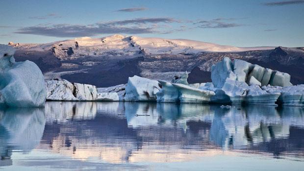 Geleira está constantemente mudando por causa do derretimento do gelo, segundo Thrainsson (Foto: Skarpi Thrainsson/Caters)