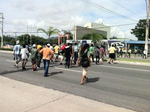 Estudantes chegam à Ufes. (Foto: Juirana Nobres / G1 ES)