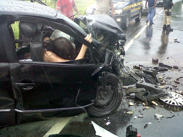 Still taken from the video that surfaced this week showing the immediate aftermath of the head-on collision which seriously injured Miss Brazil 2010, Debora Lyra