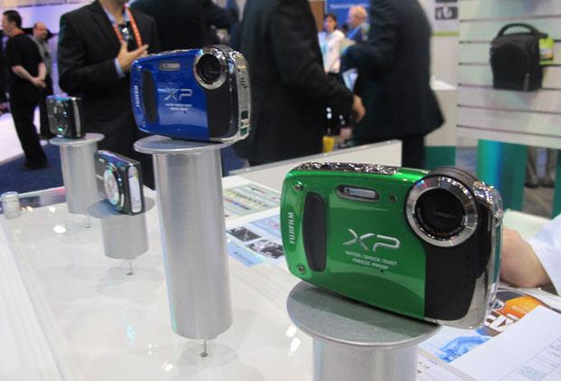 Câmeras da Fujifilm são à prova de água, de areia, de quedas e de neve (Foto: Gustavo Petró/G1)
