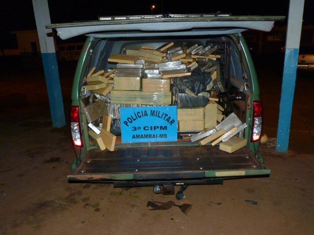 Droga apreendida pela polícia totalizou 565 quilos (Foto: Divulgação/PM)