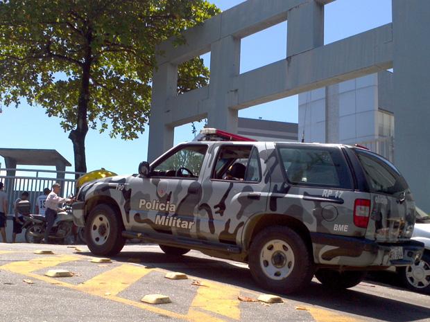 Policiais do BME reforçavam a segurança nos locais de prova.  (Foto: Bruno Faustino/ TV Gazeta)