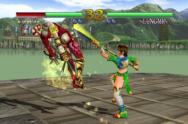 Todos os personagens da versão clássica de 'Soulcalibur' estão na edição portátil (Foto: Divulgação)