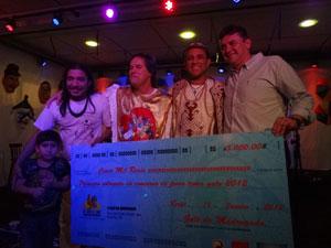 Os três finalistas receberem prêmios (Foto: Luna Markman / G1 PE)