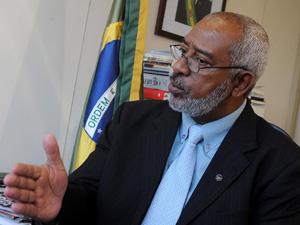 O secretário de Recursos Humanos do Ministério do Planejamento, Duvanier Paiva Ferreira (Foto: Gervásio Baptista / Agência Brasil)