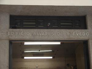 Edifício em terreno em que Álvaro de Azevedo morou (Foto: Clara Velasco/G1)