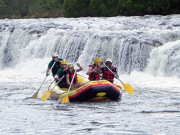 Rafting em Jaciara (Foto: Ericksen Vital/G1)