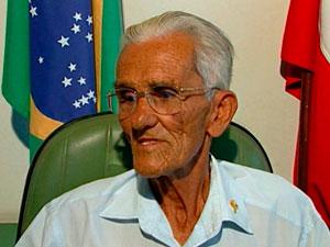Prefeito de Dom Macedo Costa morre e vice de 94 anos assume cargo na BA (Foto: Reprodução/TV Bahia)