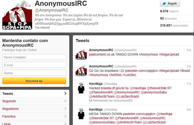 Perfil do Anonymous no Twitter anuncia que tirou sites brasileiros do ar (Foto: Reprodução)
