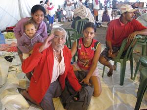 O aposentado Antônio Candido da Silva de 89 anos  (Foto: Renato Jakitas/G1)