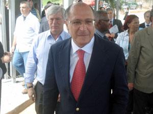 Governador de SP chega a evento na Zona Sul de SP (Foto: Renato Jakitas/G1)