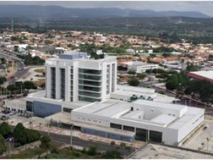 Hospital do Cariri foi inaugurado em junho de 2011 (Foto: Governo do estado/Divulgação)