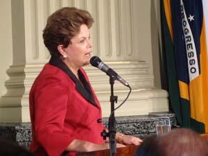 Dilma Rousseff no Fórum Social Temático em Porto Alegre (Foto: Tatiana Lopes / G1)