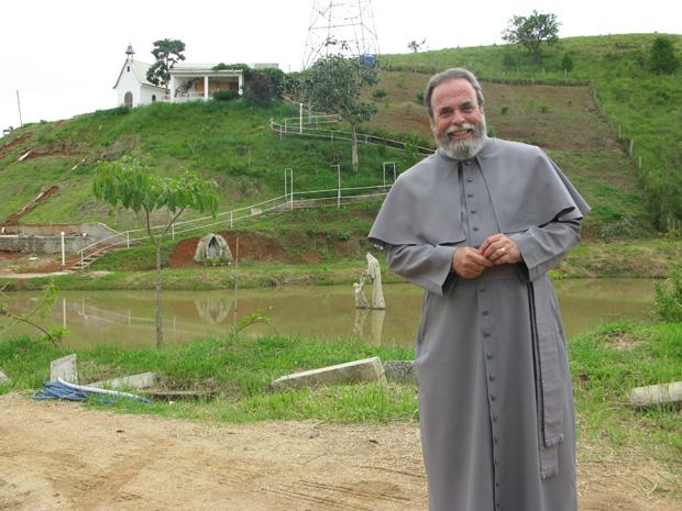 Padre Antônio Maria reclamou da falta de patrulha rural na cidade de Jacareí (Foto: Renato Jakitas/ G1)