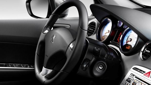 Peugeot 408 turbo (Foto: Divulgação)