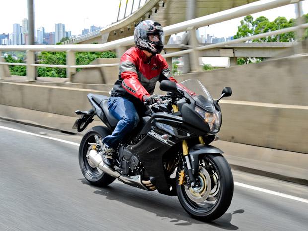 moto honda cbr 600f (Foto: Divulgação)