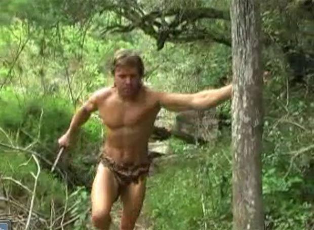 """DeWet Du Toit se transformou em """"Tarzan'. (Foto: Reprodução)"""