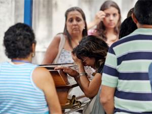 Zelador prédio Rio (Foto: Marcos de Paula/AE)