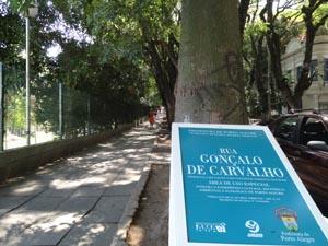 Rua Gonçalo de Carvalho, em Porto Alegre (Foto: Tatiana Lopes / G1)