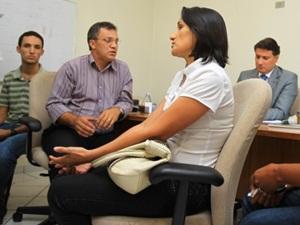 Familiares pedem ajuda para trazer corpos de goianos mortos nos EUA (Foto: Ricardo Rafael/Jornal O Popular)