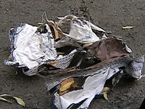 Morador de rua tem 60% do corpo queimado em rua da Serra, no ES (Foto: Reprodução/TV Gazeta)