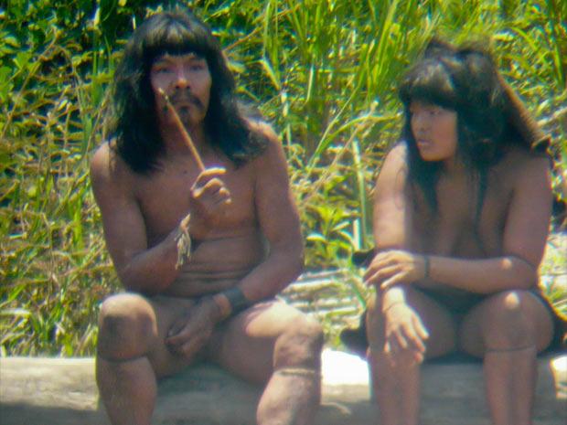 índios isolados na Amazônia peruana (Foto: D.Cortijo/Survival/Divulgação)