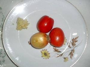 Ingredientes para o molho do empadão goiano (Foto: Humberta Carvalho/G1)