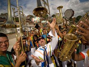546d6e0408 Maestro Forró comanda Orquestra da Bomba do Hemetério (Foto  Divulgação)