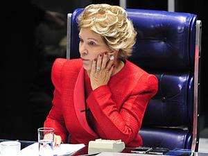 A senadora Marta Suplicy durante sessão do Senado em maio de 2011 (Foto: Renato Araújo / Agência Brasil)