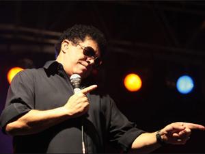 Cantor Wando em apresentação. (Foto: AE)