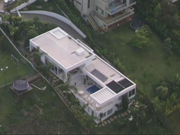 Procuradora federal foi assassinada dentro de mansão em Nova Lima. (Foto: Reprodução/TV Globo) (Foto: Reprodução/TV  Globo)