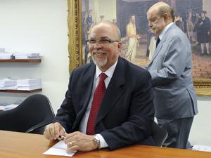 O ex-ministro Mário Negromonte em dezembro, durante reunião da bancada do PP na Câmara (Foto: Wilson Dias / Ag. Brasil)
