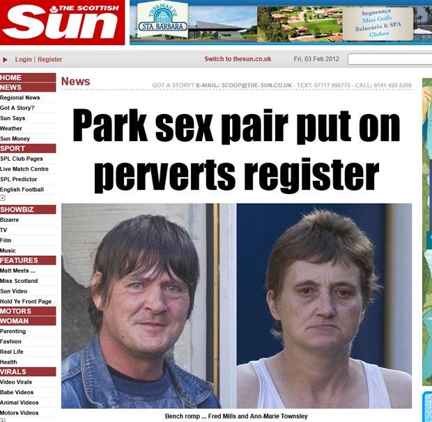 Casal foi colocado na lista de agressores sexuais após ser flagrado fazendo sexo em parque. (Foto: Reprodução/The Sun)
