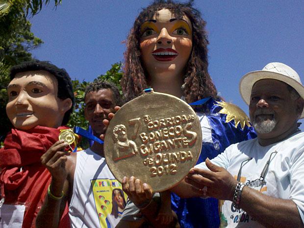 Corrida de bonecos gigantes em Olinda - Vencedor categoria leve 2012 (Foto: Kety Marinho / TV Globo)