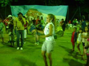 Rainha de bateria Fernanda Batalha ensaia (Foto: Guilherme Martins)