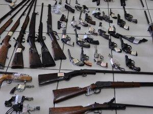 Resultado de imagem para campanha do desarmamento
